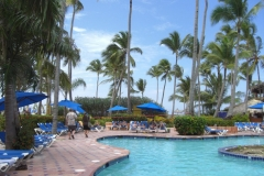 barcelo-punta-cana-poolbereich_2436