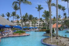 barcelo-punta-cana-poolbereich_2437