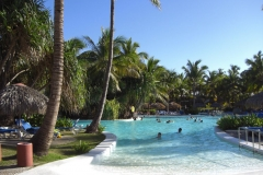 bavaro-princess-all-suites-pool_0531