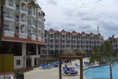 barcelo-punta-cana-poolbereich_2445