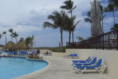 barcelo-punta-cana-poolbereich_2448